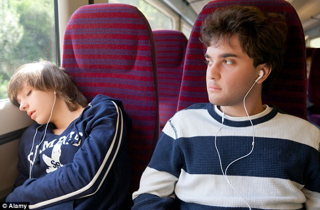 7 Things You'd Do While You're Travelling On A Metro